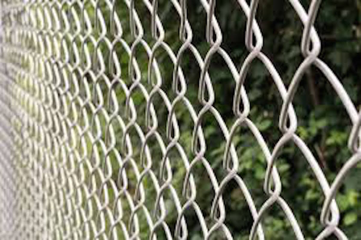 commercial chain link fence installation san diago