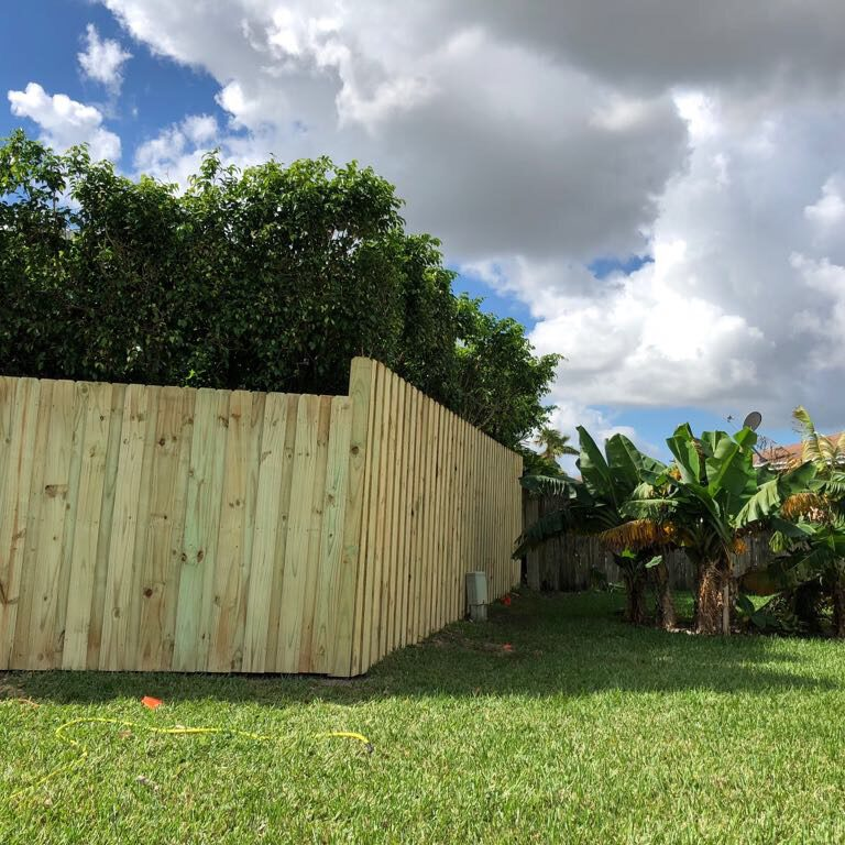 fence contractor in carlsbad california